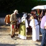 Joëlle et Manu font leurs emplettes - Fête médiévale de Provins 2012
